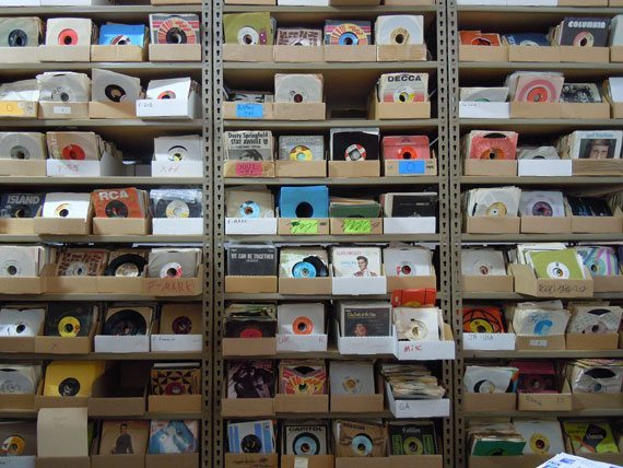 "7"" Vinyls, hundreds and thousands"