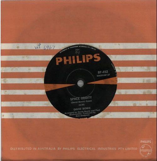 INV2David-Bowie-Space-Oddity-616372 (1)
