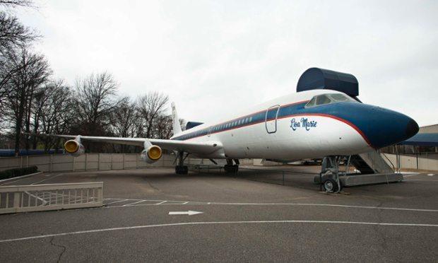 Elvisplane2