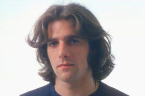 Glenn-Frey-the-eagles-1970-billboard-650